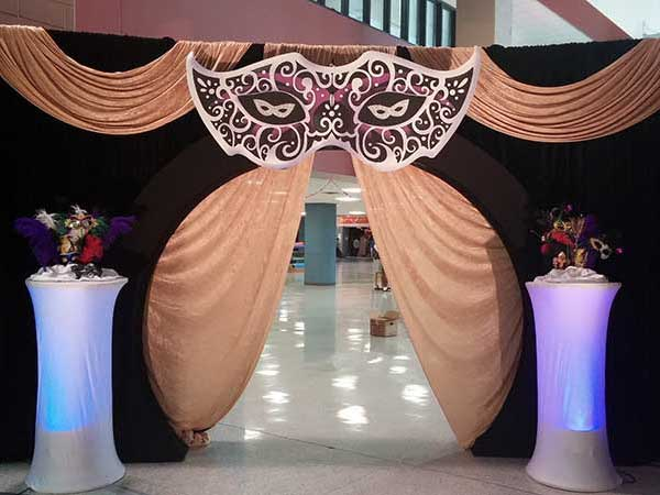 gallery-drapes-and-decor